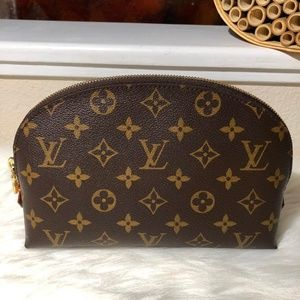 Louis Vuitton GM Cosmetic Bag